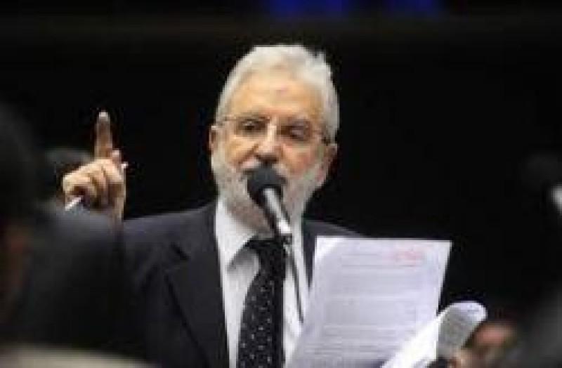 [Deputado Ivan Valente do PSOL integrará Grupo de Trabalho sobre Dívida dos Estados com a União]