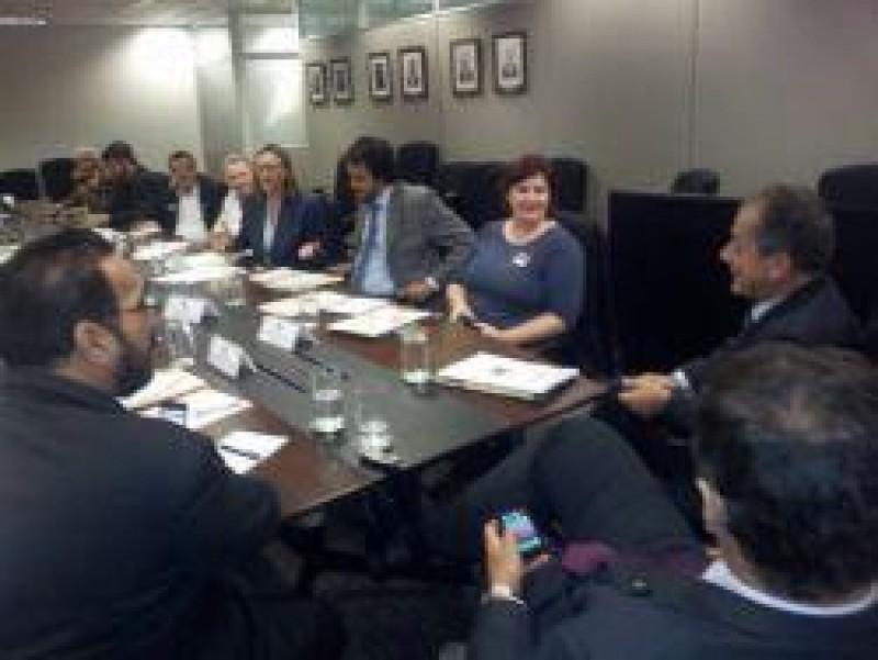 [Reunião da Secretaria Nacional de Direitos Humanos com as Centrais Sindicais]