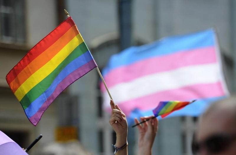 POR UMA MILITÂNCIA LGBT SOCIALISTA